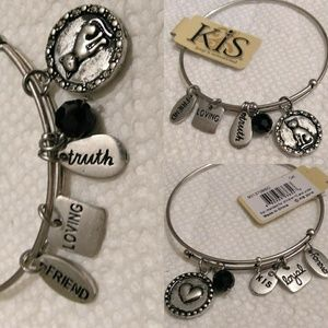 Jewelry - Cats Wire Bangle Adjustable Charm Bracelet